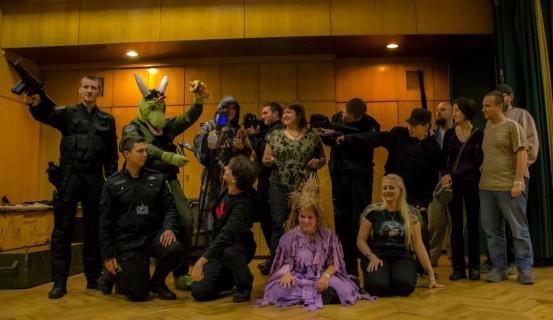 Stargate, cosplay, záródó írisz – A Volán székházban kódolták a hetedik ékzárat