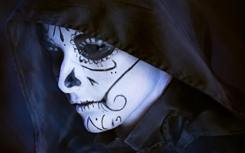 Photoshoot: Mistress Death (Deadpool – Dorianne)