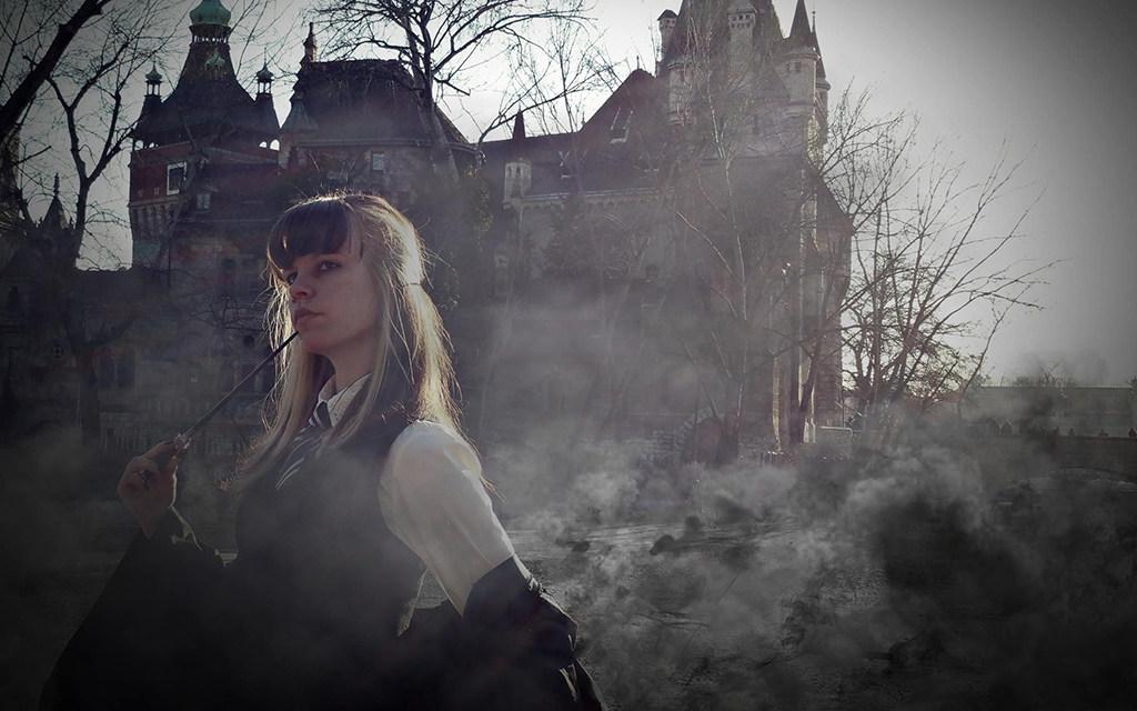 Photoshoot: Harry Potter – Death Eater Paradise