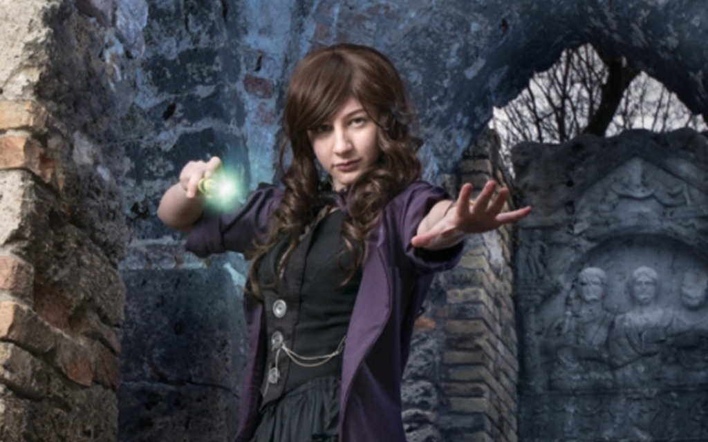 Photoshoot: Doctor (Doctor Who Original – Lora chan)