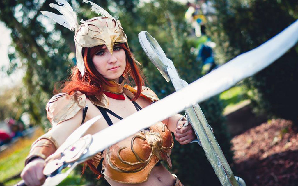 Photoshoot: Valkyrie Leona (League of Legends – Suisen Cosplay)