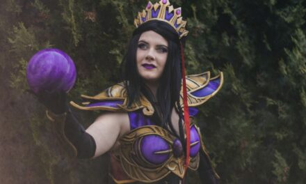Photoshoot: Purple Wizard (Diablo III - Roxy)