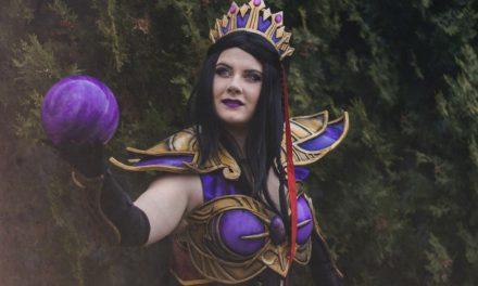 Photoshoot: Purple Wizard (Diablo III - Roxy)