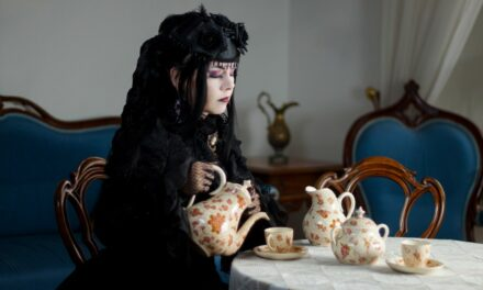 Photoshoot: Maiden of the Castle (Okkido - Original)
