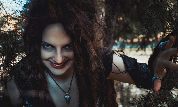 Photoshoot: Bellatrix Lestrange (Harry Potter – Bellatrix Sparrow)