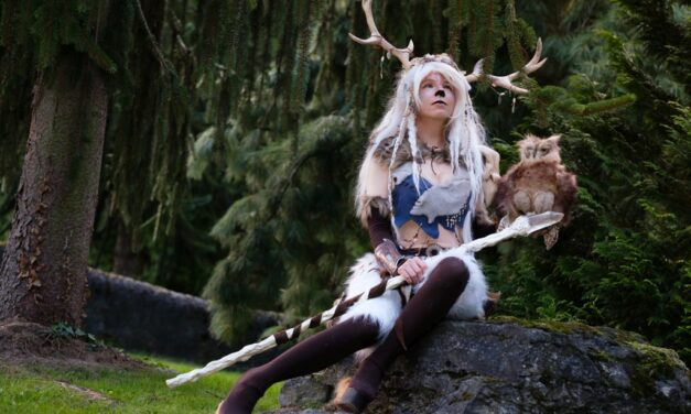 Photoshoot: White Faun (Original – Yuriko Seira)