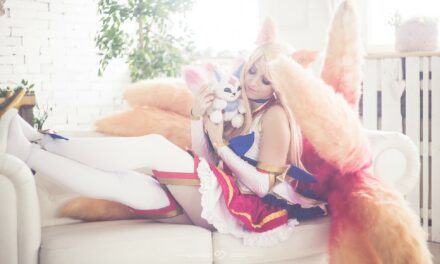 Photoshoot: Star Guardian Ahri (League of Legends - Bekiie)