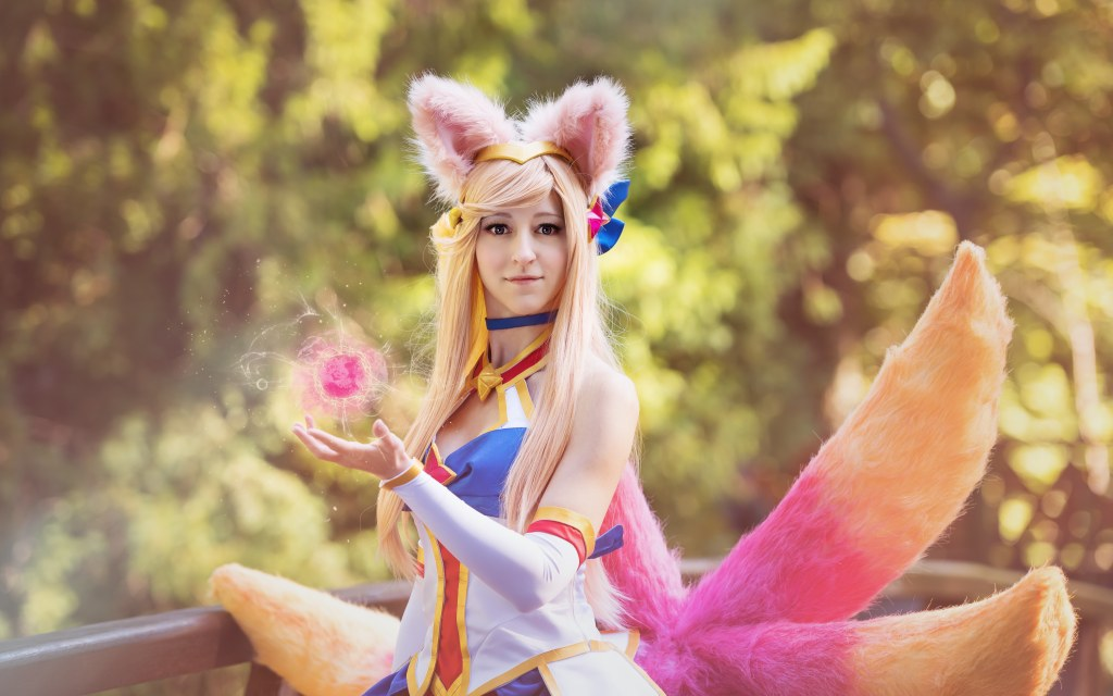 Photoshoot: Star Guardian Ahri (Leauge of Legends – Lucy Moe)
