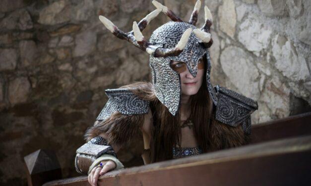 Photoshoot: Dovahkiin – Dragonborn / Ahzidal set (Skyrim – Rhysa)