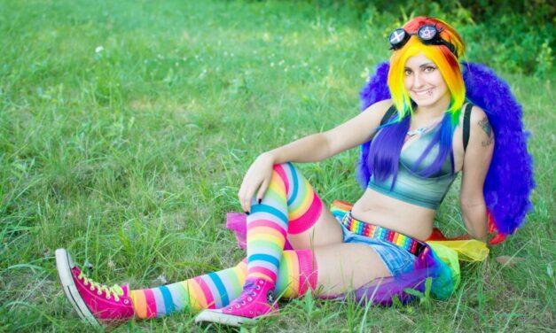 Photoshoot: Rainbow Dash (My Little Pony – Daiya)