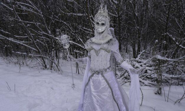 Photoshoot: Ice Queen (Original – Heniko)
