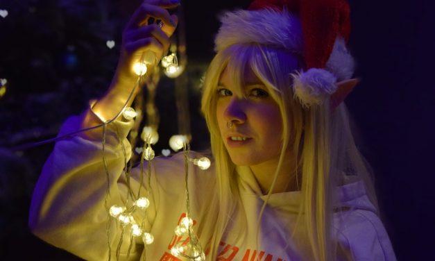 Photoshoot: Uraraka, Usagi, Princess Zelda, Shiro, Yuki (Christmas – WitchGuild Cosplay)