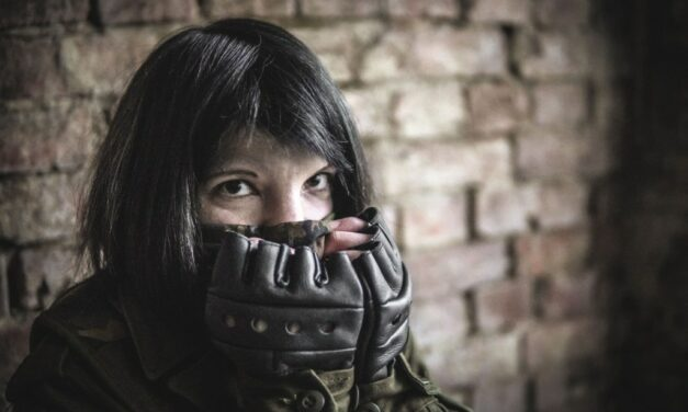 Photoshoot: Loner Stalker (S.T.A.L.K.E.R.: Call of Pripyat – Lori Grey)