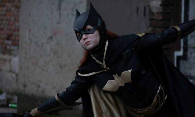 Photoshoot: Batgirl (Batman: Arkham Knight – Puffancs)