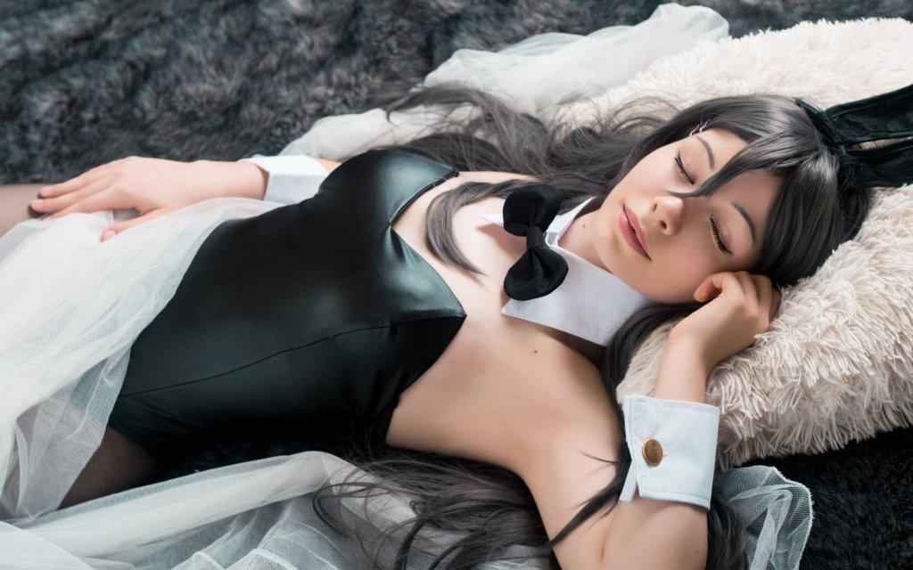 Photoshoot: Mai Sakurajima (Seishun Buta Yarou wa Bunny Girl-senpai no Yume wo Minai – Kitsudere Cosplay)