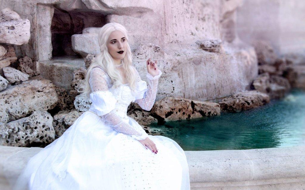 Photoshoot: Mirana, a fehér királynő (Alice Csodaországban – Ljudmila Cosplay)