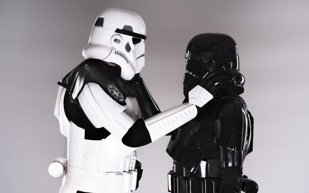 Photoshoot: Shadowtrooper & Stormtrooper (Star Wars – PeggyWhoCosplay & Dudás Dominik)